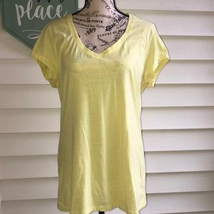 V-neck yellow short sleeve tee size XL